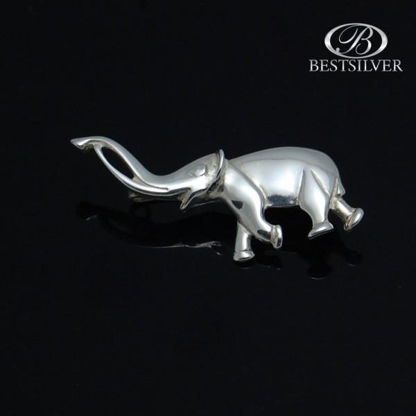 Broszka srebrna Słoń na szczeście - piękny wyrób jubilerski