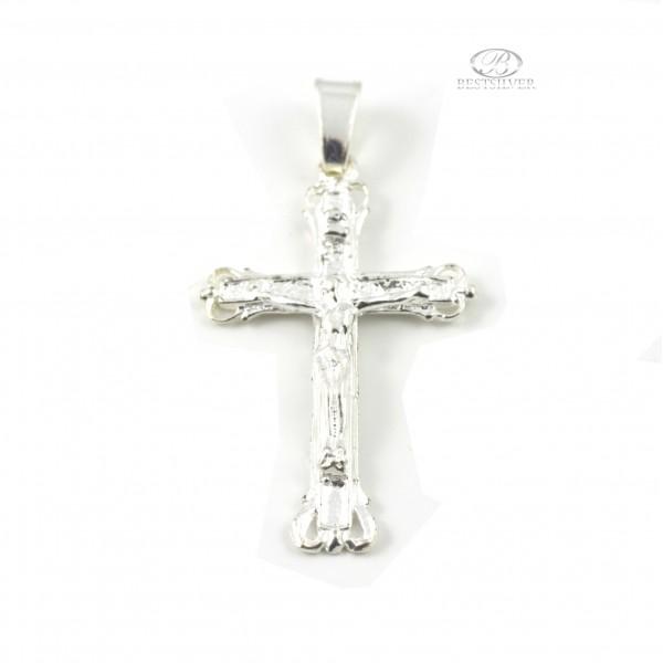 Ciekawy krzyżyk srebrny z Panem Jezuem Kr015