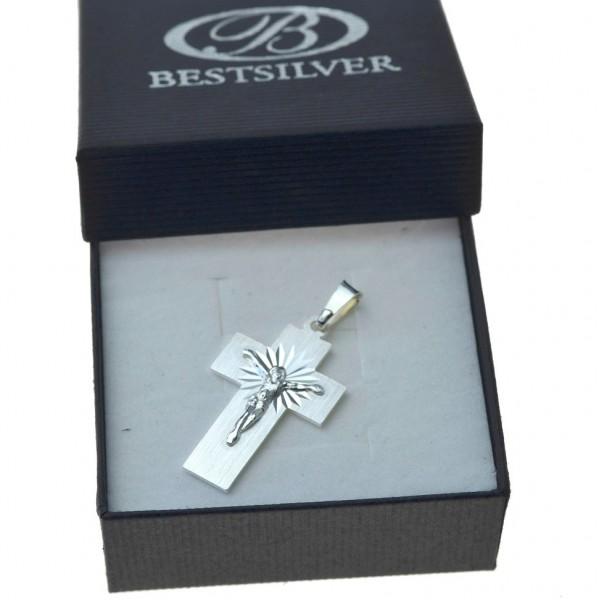 Krzyżyk srebrny z Panem Jezusem elegancki Srebro 925