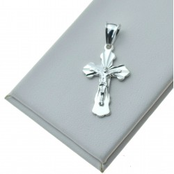 Krzyżyk srebrny z Panem Jezusem + promienie Srebro 925 KR093