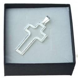 Srebrny krzyżyk męski z wycięciem diamentowany Srebro 925
