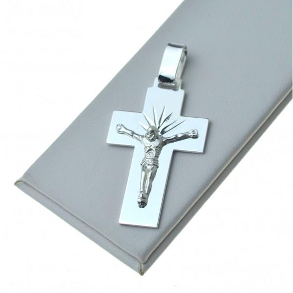 Duży krzyżyk srebrny z Panem Jezusem Srebro próby 925 KR060
