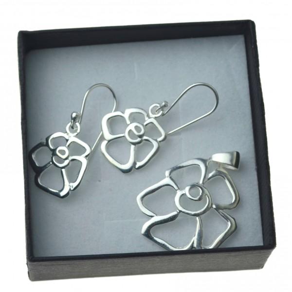 Damski Komplet srebrnej biżuterii kolczyki zawieszka kwiat srebro 925 kmp046
